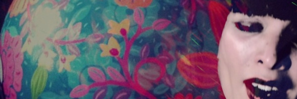 Plastic Flowers - header